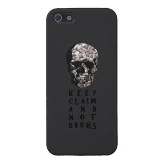 Keep claim and not drugs Skull Graphic (Hue) iPhone 5/5S Covers