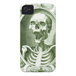 keep smiling your are not dead yet iPhone 4 cover