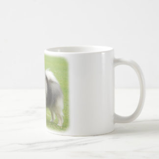 Keeshond 9J28D-01 Coffee Mug