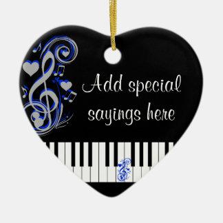Key's Lof Love_ Ceramic Heart Ornament