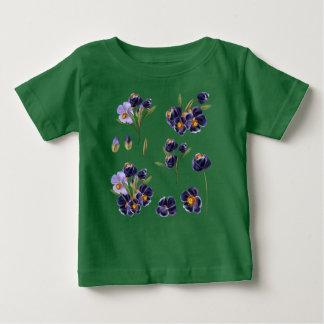 Kids designers Tshirt with handdrawn Flowers