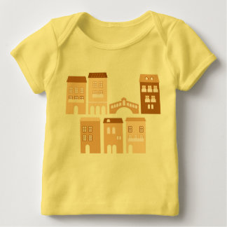 Kids designers tshirt : yellow with Homes