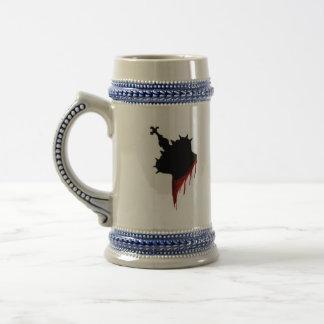 Kill The Queen Beer Mug!! 18 Oz Beer Stein
