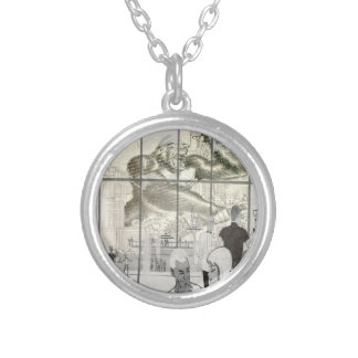 kin kong in aerport silver plated necklace