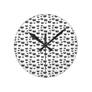 King Crown Pattern Clock