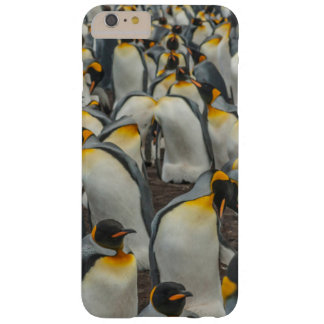 King penguin colony, Falklands Barely There iPhone 6 Plus Case