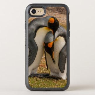 King penguins caressing, Falkland OtterBox Symmetry iPhone 7 Case