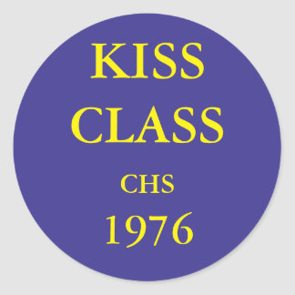 Kiss Class, blue and gold sticker. Classic Round Sticker
