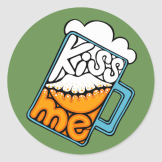 kiss me - beer icon classic round sticker
