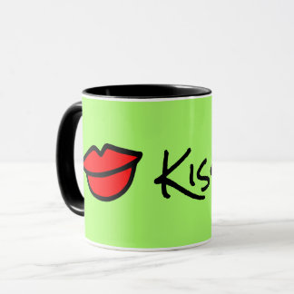 Kiss me! FESTIVE GREEN MUG! Mug