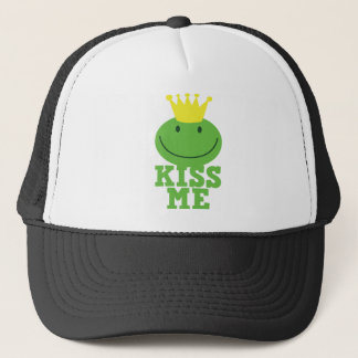 KISS ME FROG prince Trucker Hat