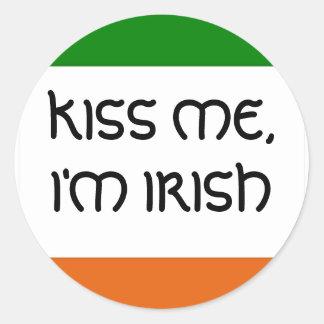 KISS ME I M IRISH ROUND STICKERS