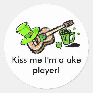 Kiss me I'm a uke player! Classic Round Sticker