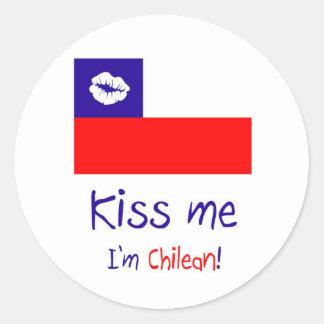 Kiss me, I'm Chilean. Round Sticker