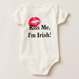 Kiss Me I'm Irish Baby Jumper Baby Bodysuit