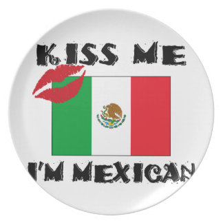 kiss me i'm mexican party plate