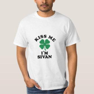 Kiss me, Im SIVANESH T-shirts