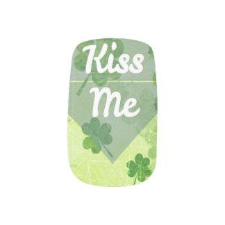 Kiss Me Shamrock Minx Nail Art