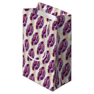 Kiss Wrap Small Gift Bag