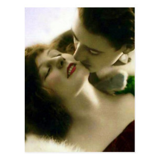 Kissing Couple Vintage Postcard