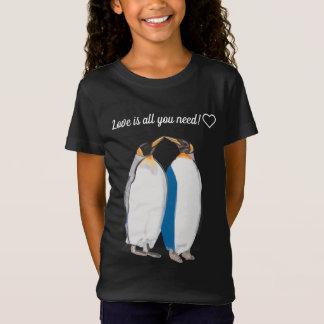 """kissing"" King Penguins T-Shirt"