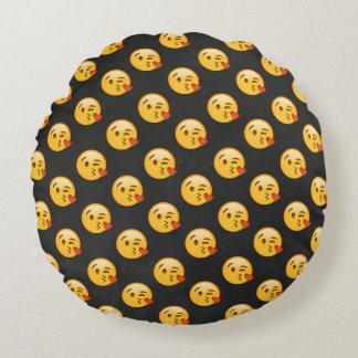 Kissy Face Love Emoji Round Pillow