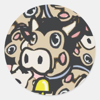 Kitschy Pop Art Dairy Moo Cow In Retro Style - Round Sticker
