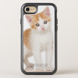 Kitten Next To Ball Of String OtterBox Symmetry iPhone 7 Case