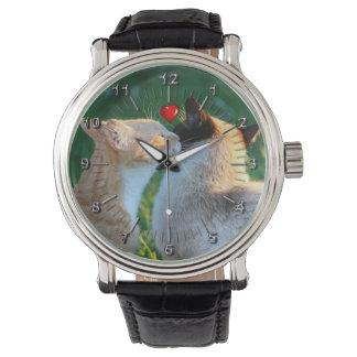 Kitty kiss wristwatch
