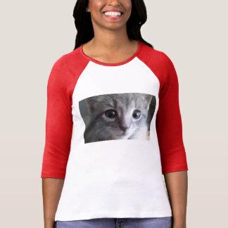 Kitty obtenu son oeil sur vous t-shirt