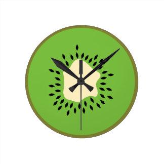 Kiwi illustration round clock