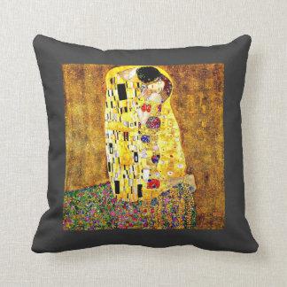 Klimt art  - The Kiss Throw Pillow