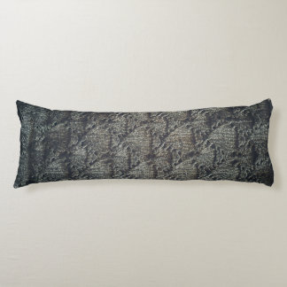 Knitted dark pattern | body pillow