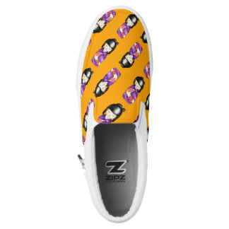 Kokeshi Watercolor Painting Pattern Slip-On Sneakers