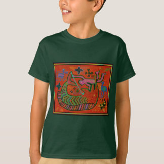 Kuna Tribal Man Spearing Swordfish T-Shirt