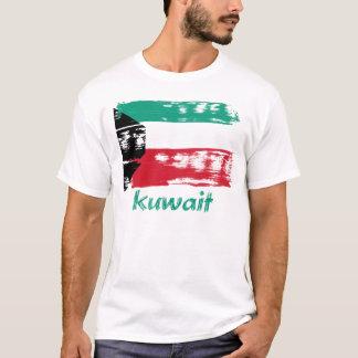 Kuwaiti grunge flag design T-Shirt