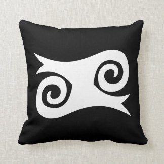 Kwatakye wht throw pillow
