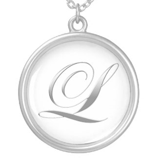 L collier de pendentif de monogramme