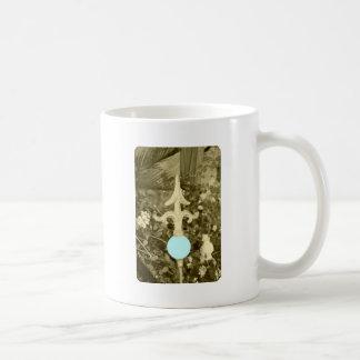 La boule bleue de jardin mugs