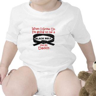 La ceinture noire de KARATÉ aiment mon papa 1 T-shirts