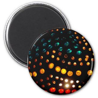 La couleur allume l'aimant de perles