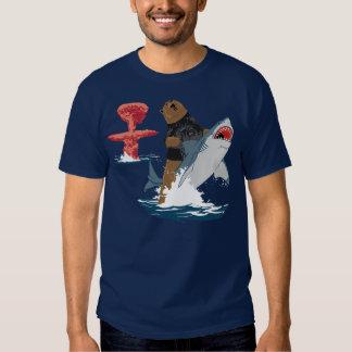 La grande évasion - cavalerie de requin d'ours tee-shirts