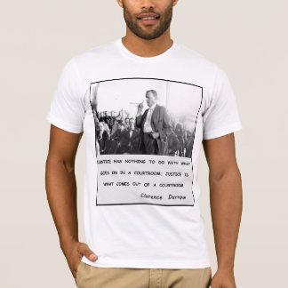 La justice de Clarence Darrow sort de la salle T-shirt