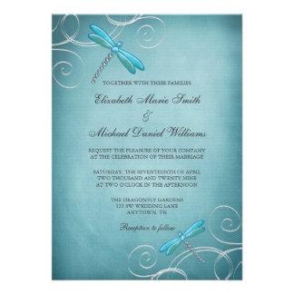 La libellule bleue turquoise tourbillonne mariage