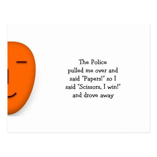 La police bascule les ciseaux de papier - envoyez  carte postale