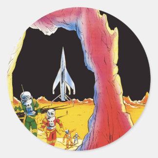 La science-fiction vintage, Sci fi, lune étrangère Sticker Rond