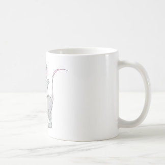 La souris étonnée de rat sautent tasse à café