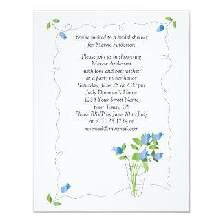 La tulipe bleue fleurit l'invitation nuptiale de carton d'invitation 10,79 cm x 13,97 cm