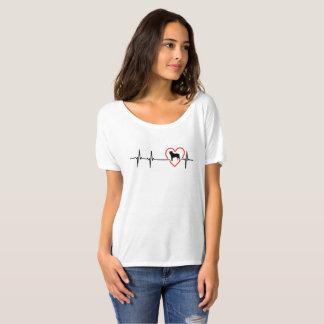 Labrador Retriever heartbeat design T-Shirt