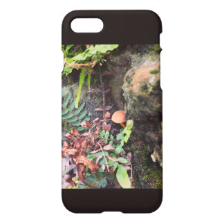 Labrynth Wall iPhone 7 Case